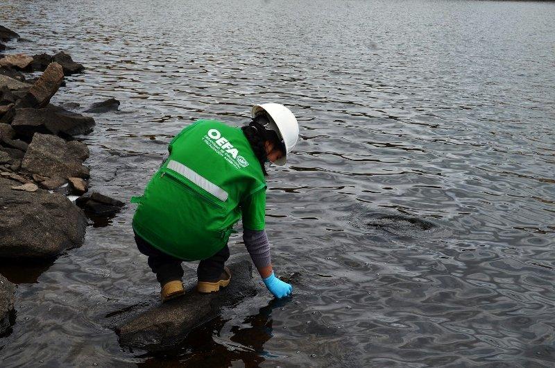 Contaminación laguna Cusco