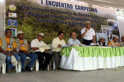 """En Olmos se realizó primer encuentro campesino """"Experiencias comunales en la conservación del bosque seco en los departamentos de Tumbes, Piura y Lambayeque"""". Foto: Gobierno regional de Lambayeque."""
