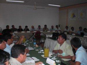 La mesa de diálogo, que contó con la presencia de Antonio Brack, aún no alcanzó acuerdo con los mineros (Foto cortesía Minam)
