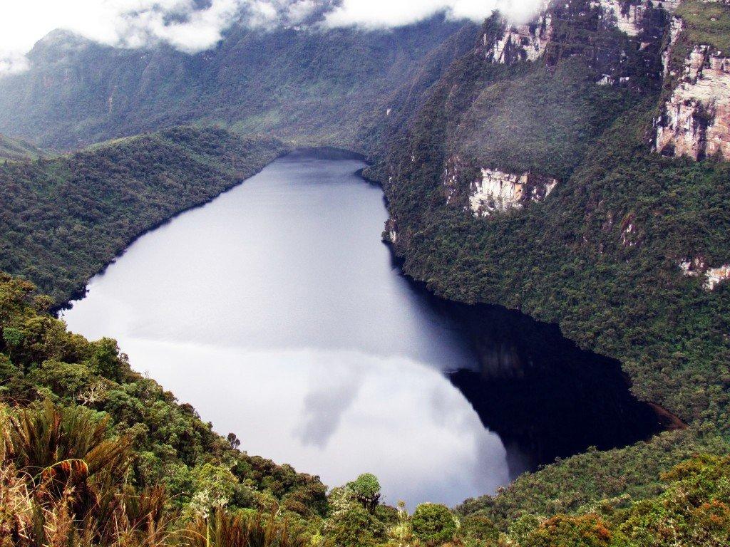 Laguna de los Condores 210512MSG