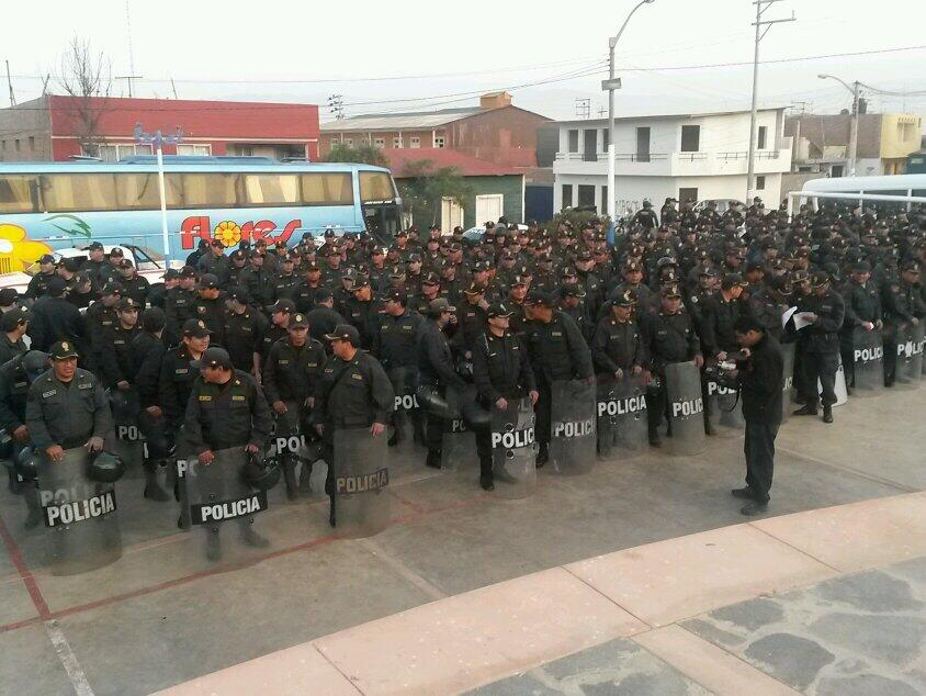 Policías se concentraron en la Plaza de Armas de Chala