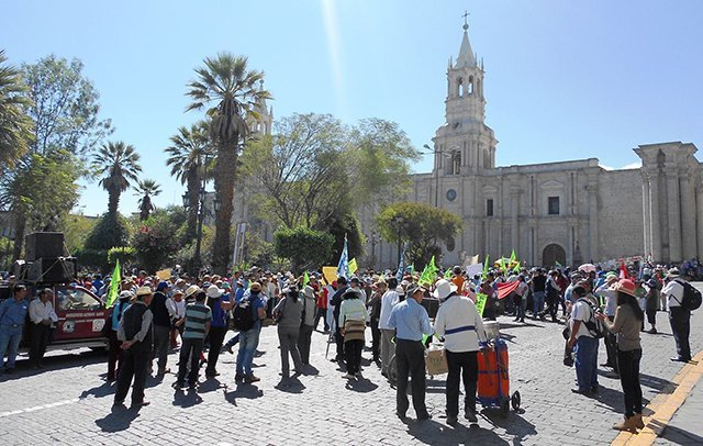 Protestas Tía María plaza Arequipa. Foto: Andina