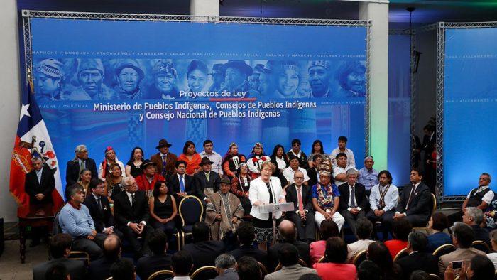 Bachelet_proyecto Ministerio Pueblos Indígenas_Foto Tele13