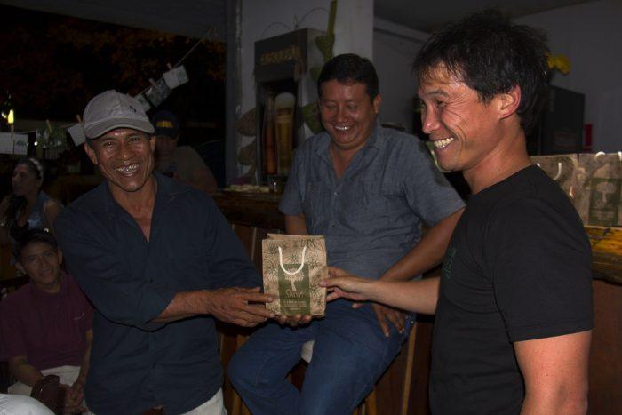 Javier Huinga y Jack Lo en presentación Ruta al Tambopata, Madre de Dios.