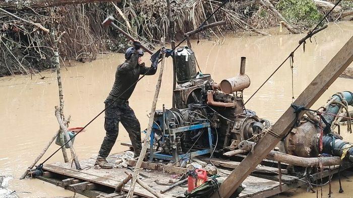 Madre de Dios: Poder Judicial liberó seis presuntos mineros ilegales_1